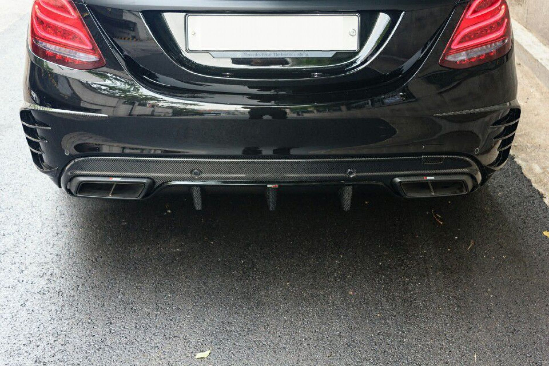 Boca Carbon Heckschürzen Verkleidung für Mercedes W205 C63 - Mercurie