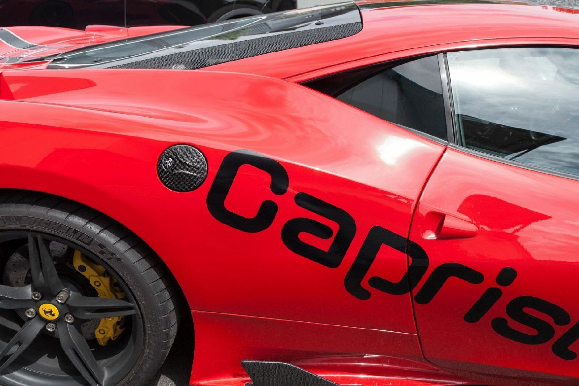 Capristo Carbon Tankdeckel für Ferrari 458 Speciale Spider Italia