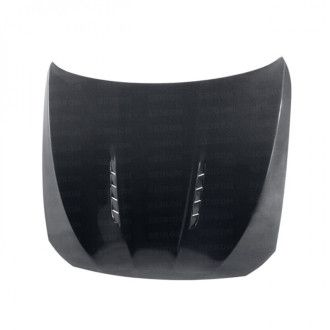 Seibon Carbon Motorhaube für BMW 5er F10 und M5 Limousine 2011 - 2016 TSII-Style