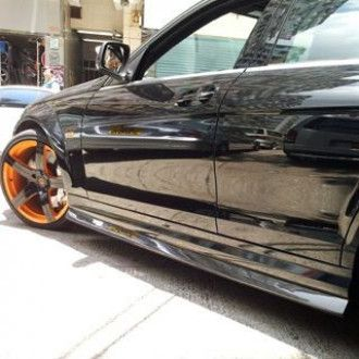 Boca carbon side skirts Mercedes Benz W204 C63 for
