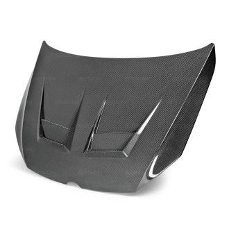 Seibon carbon hood for VW  Golf 7 and GTI 2015+ DV-Style