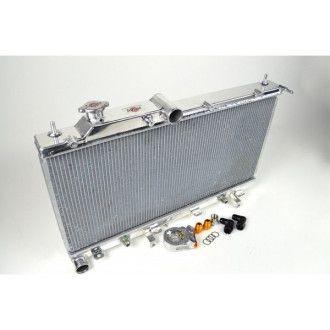 CSF Wärmetauscher Wasserkühler für Subaru Impreza WRX und STI 2008-2004 integrierter Ölkühler